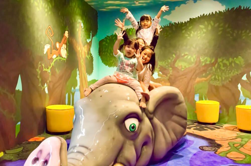 思いっきり遊べるジャングルルーム!